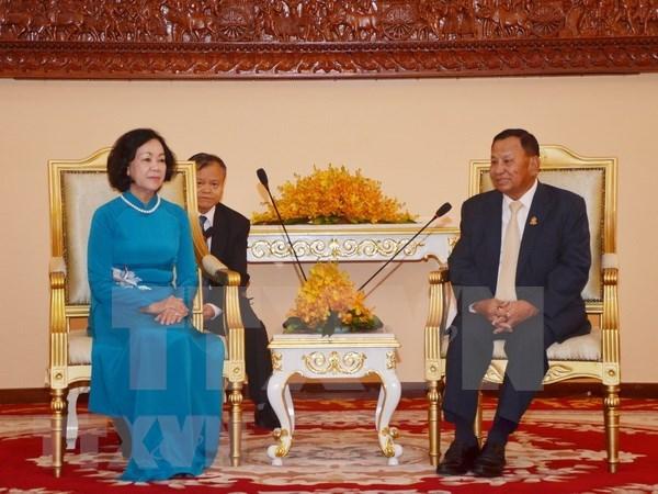 Refuerzan Vietnam y Camboya nexos politicos y parlamentarios hinh anh 1