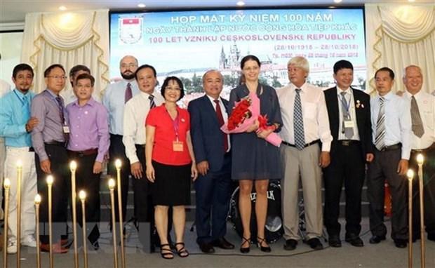 Efectuan en Ciudad Ho Chi Minh un encuentro en saludo al centenario de Checoslovaquia hinh anh 1
