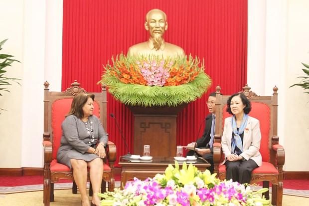 Vietnam destaca relaciones de amistad especial con Cuba hinh anh 1