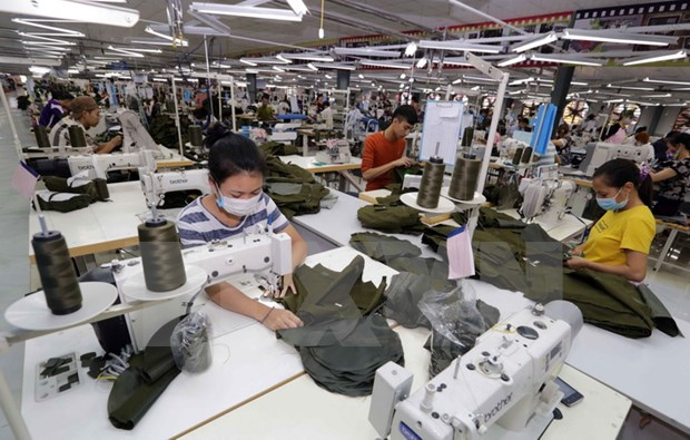 Produccion industrial de Vietnam aumenta 10,4 por ciento en lo que va de ano hinh anh 1