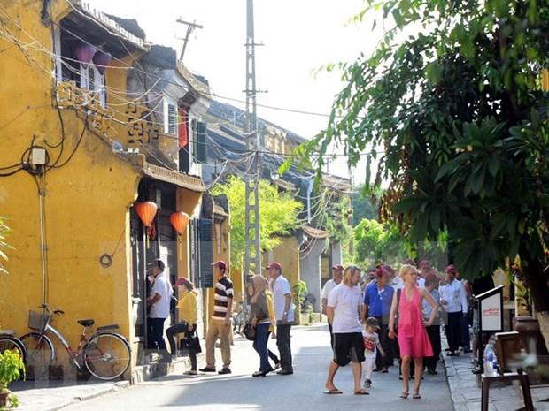 Buscan promover el desarrollo sostenible de turismo de ciudad antigua vietnamita hinh anh 1