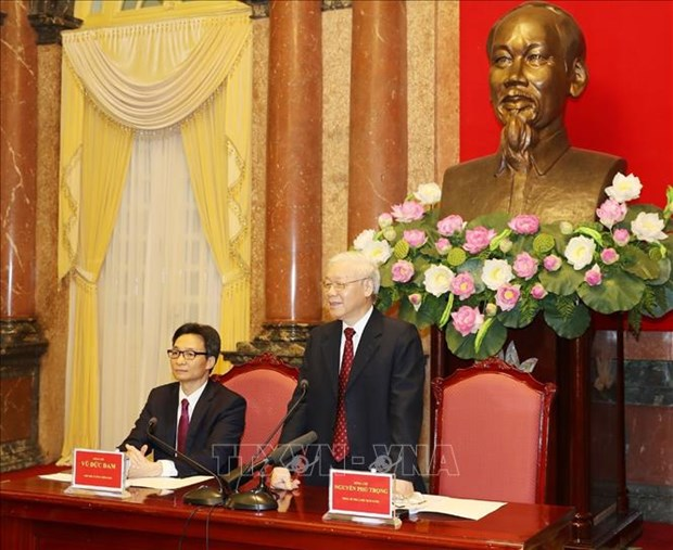 Maximo dirigente de Vietnam dialoga con destacados estudiantes hinh anh 1