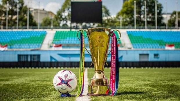 Mayor trofeo de futbol sudesteasiatico llega a capital de Vietnam hinh anh 1