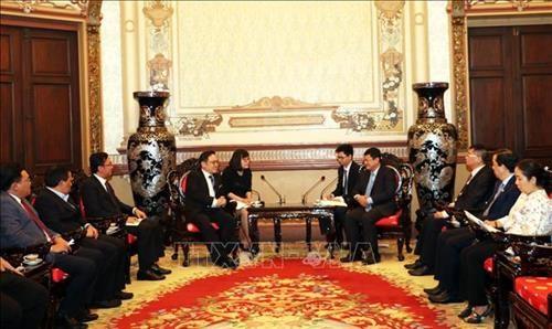 Ciudad Ho Chi Minh y Malasia impulsan la cooperacion comercial hinh anh 1