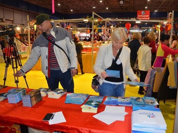 Productos artesanales vietnamitas en Feria Internacional en Francia hinh anh 1