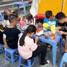 Colorear y divertirse, una opcion para los ninos de Hanoi hinh anh 4