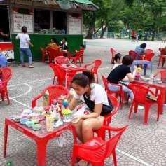 Colorear y divertirse, una opcion para los ninos de Hanoi hinh anh 2