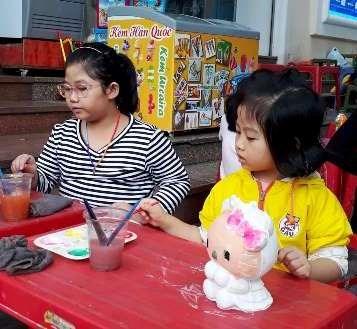 Colorear y divertirse, una opcion para los ninos de Hanoi hinh anh 8
