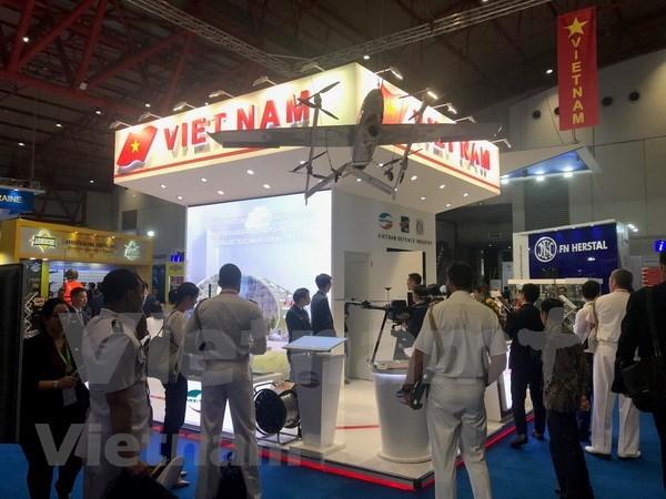 Vietnam presenta sus productos militares en Feria Internacional de Defensa en Indonesia hinh anh 1