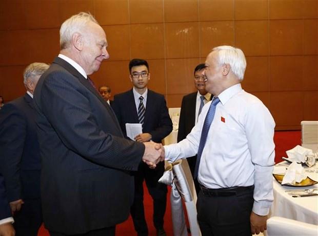 Resaltan lazos duraderos entre parlamentos de Vietnam y Rusia hinh anh 1
