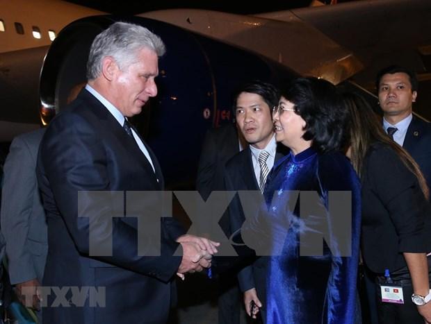 Presidente de Cuba inicia visita oficial a Vietnam hinh anh 1
