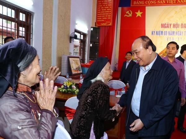 Premier de Vietnam asiste al Festival de Gran Unidad Nacional hinh anh 1