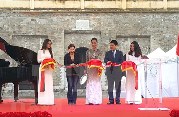 "Inauguran en Hanoi festival cultural ""Plaza Italiana 2018"" hinh anh 1"
