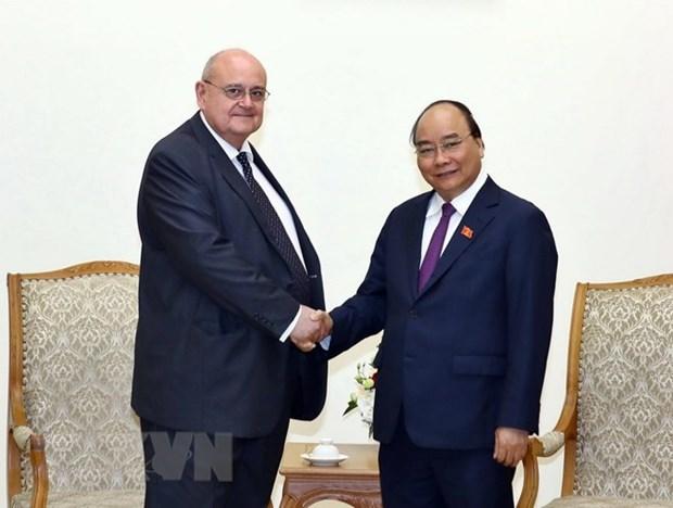 Premier de Vietnam destaca aportes del embajador saliente de Brasil hinh anh 1