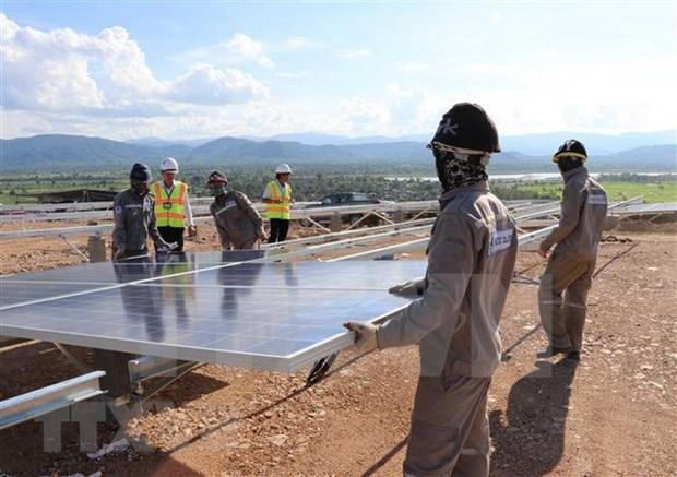 Provincia altiplanica de Vietnam pondra en funcionamiento plantas de energias eolica y solar hinh anh 1