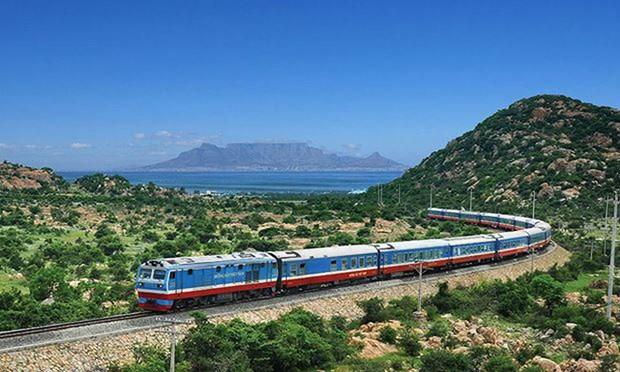 Vietnam proyecta construir ferrocarril de alta velocidad Norte - Sur hinh anh 1