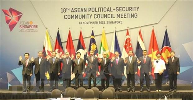 Vietnam exhorta a la ASEAN a intensificar la solidaridad y la resiliencia hinh anh 1