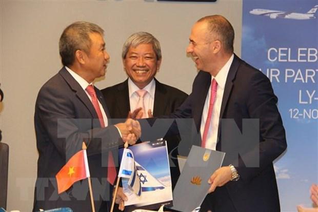 Aerolineas vietnamita e israeli estrechan cooperacion bilateral hinh anh 1