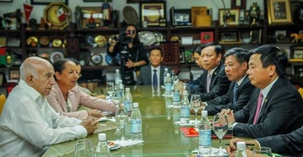Recibe dirigente partidista cubano a delegacion del Partido Comunista de Vietnam hinh anh 1