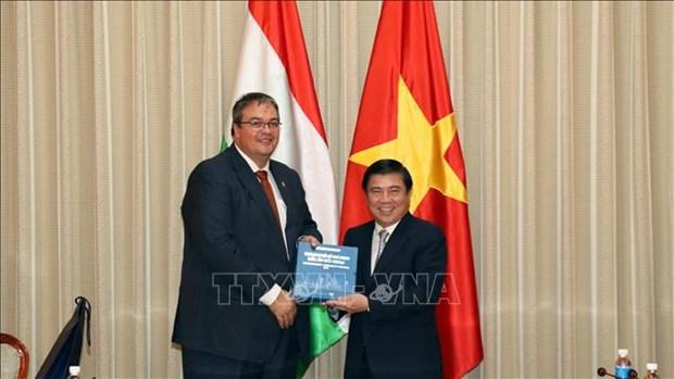 Ciudad Ho Chi Minh y Hungria promueven cooperacion economica hinh anh 1