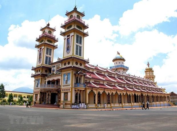 Destacan aportes de fieles de secta de Cao Dai a desarrollo de Vietnam hinh anh 1