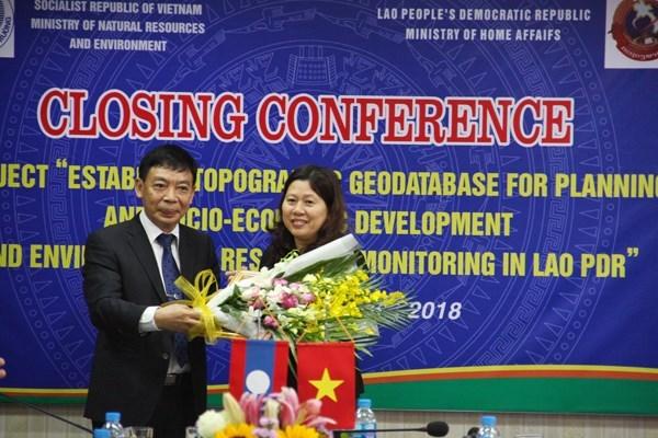 Vietnam asiste al trazo de datos topograficos de Laos hinh anh 1