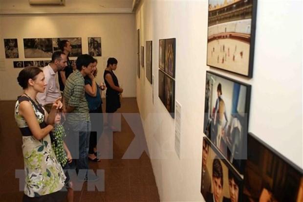 Exposicion fotografica marca aniversario 45 de los lazos Vietnam- Paises Bajos hinh anh 1