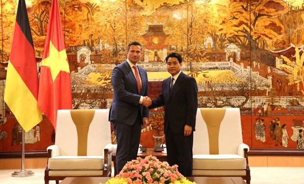 Hanoi abre puertas a inversores alemanes, afirma presidente del gobierno municipal hinh anh 1