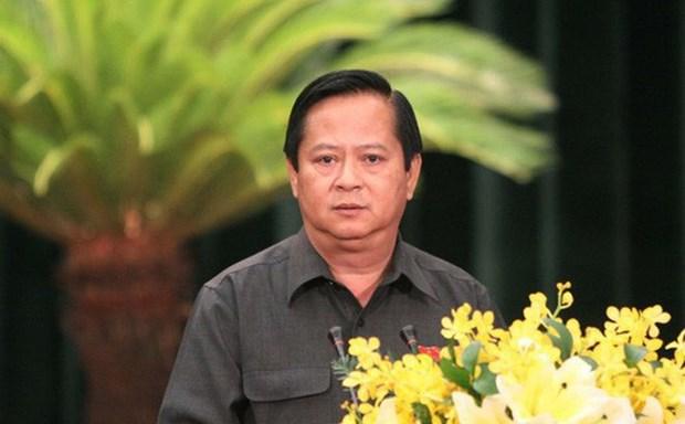 Arrestan a exvicepresidente de Ciudad Ho Chi Minh por transgresion hinh anh 1