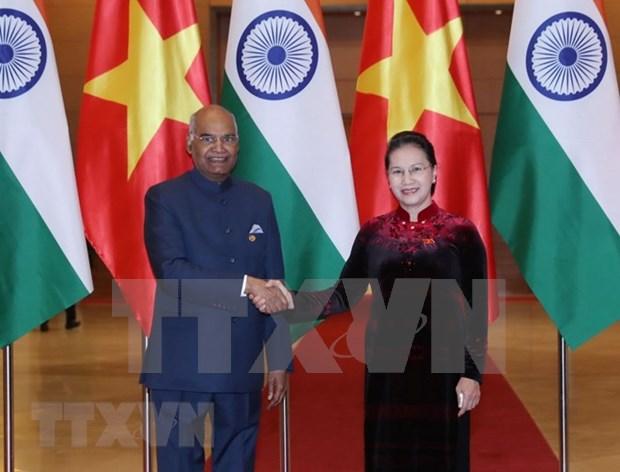 La India concede importancia a la asociacion estrategica integral con Vietnam, afirma Presidente hinh anh 1