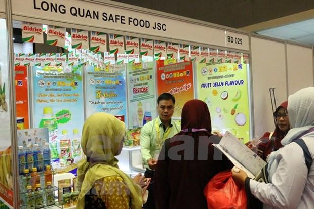 Empresas vietnamitas buscan oportunidades en feria internacional de alimentos en Indonesia hinh anh 1