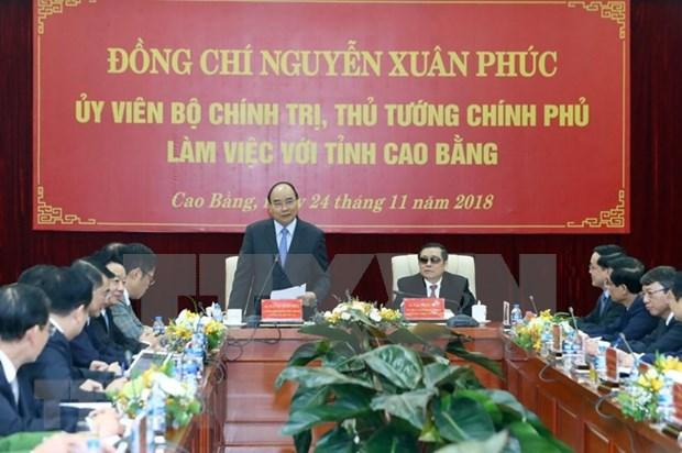 Premier vietnamita exige a la provincia de Cao Bang empenarse en aprovechar sus potencialidades hinh anh 1