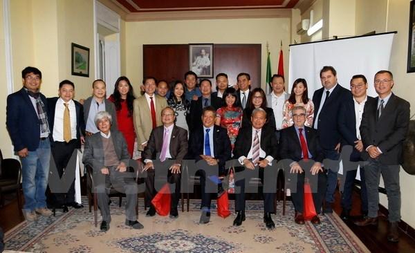 Empresarios vietnamitas en Italia mejoran sus operaciones y contribuciones a tierra natal hinh anh 1