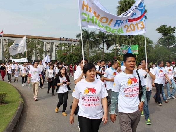 Efectuaran en Hanoi carrera masiva para ayudar a enfermos infantiles hinh anh 1