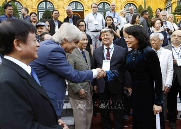 Vietnam favorece desarrollo de musicos nacionales, afirma vicepresidenta del pais hinh anh 1