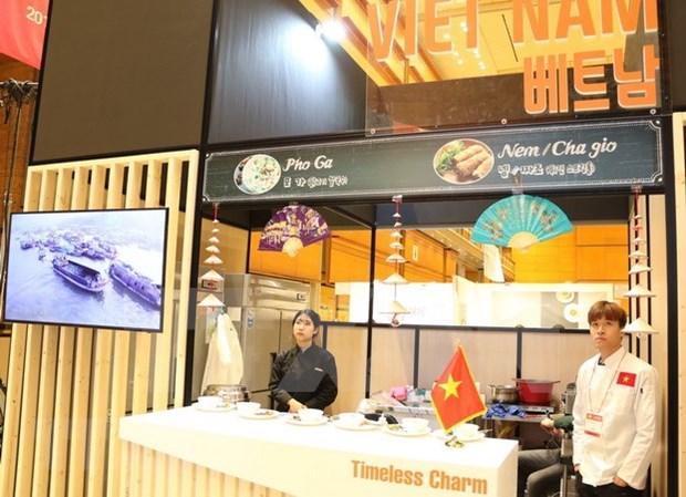 Presentan platos vietnamitas en Festival gastronomico de ASEAN en Corea del Sur hinh anh 1