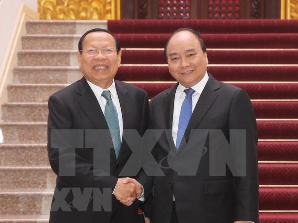 Premier vietnamita recibe a ministro de Planificacion de Camboya hinh anh 1