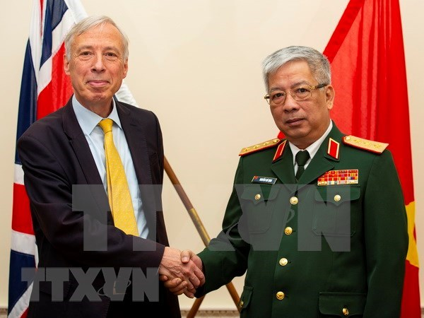 Efectuan primer Dialogo sobre politicas de defensa Vietnam-Reino Unido hinh anh 1