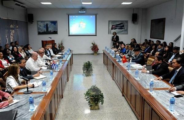 Destacan voluntad de diversificar cooperacion economica Vietnam – Cuba hinh anh 2