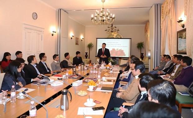 Favorecen contribucion de vietnamitas residentes en exterior al desarrollo nacional hinh anh 1