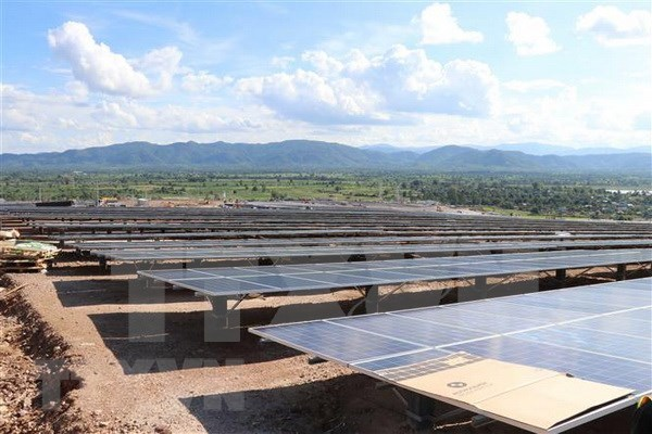 Planta de energia mega-solar se despliega en provincia vietnamita de Gia Lai hinh anh 1