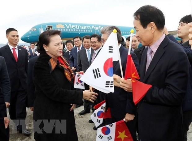 Presidenta del Parlamento de Vietnam inicia visita oficial a Corea del Sur hinh anh 1