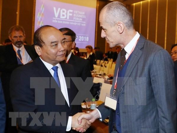 Premier vietnamita insta a empresas a promover creatividad para conseguir exitos hinh anh 1