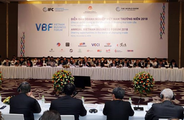Inauguran Foro Empresarial de Vietnam en capital Hanoi hinh anh 1