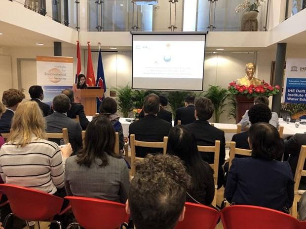 Vietnam y Holanda comparten experiencias en lucha contra cambio climatico hinh anh 1
