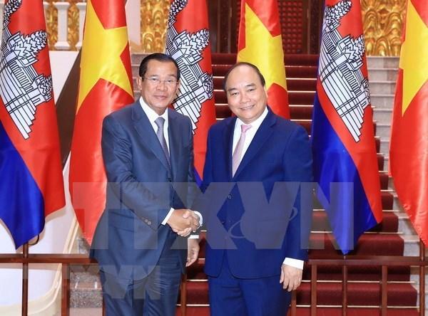 Visita a Vietnam de premier camboyano fomentara cooperacion multisectorial hinh anh 1