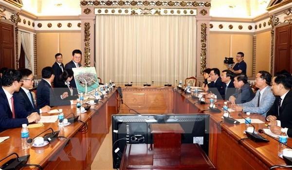 Ciudad Ho Chi Minh y grupo sudcoreano Lotte cooperan en desarrollo de infraestructura hinh anh 1