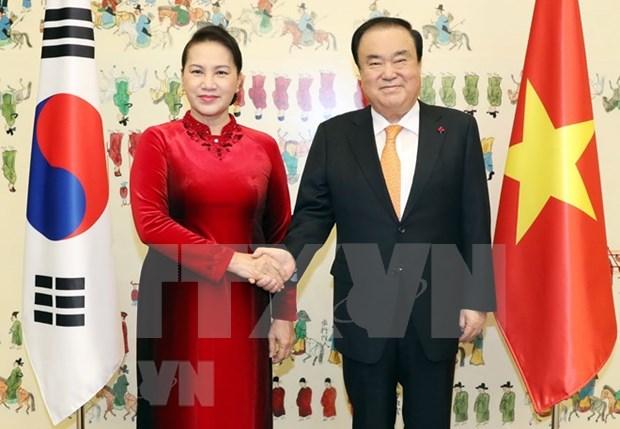 Vietnam dispuesta a agilizar nexos estrategicos con Corea del Sur, afirma dirigente legislativa hinh anh 1