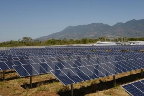 Hanoi intercambia experiencias con Noruega en desarrollo de energia limpia hinh anh 1
