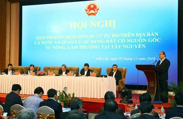 Premier vietnamita exige mayores esfuerzos para frenar la libre migracion hinh anh 1